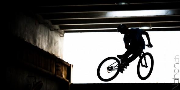 Bike en ombre chinoise